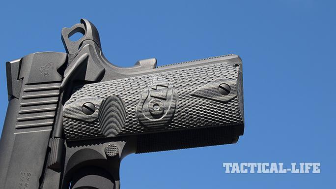 combat unit rail gun features