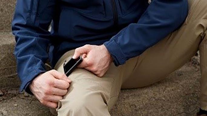 Vertx Fusion Stretch Tactical Pants pocket