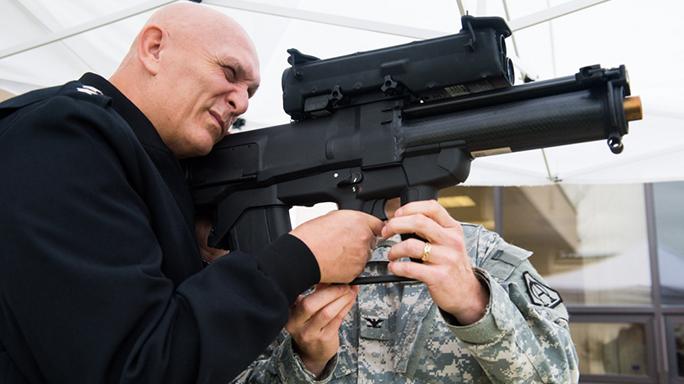 sig sauer xm17 pistol XM25 CDTE system