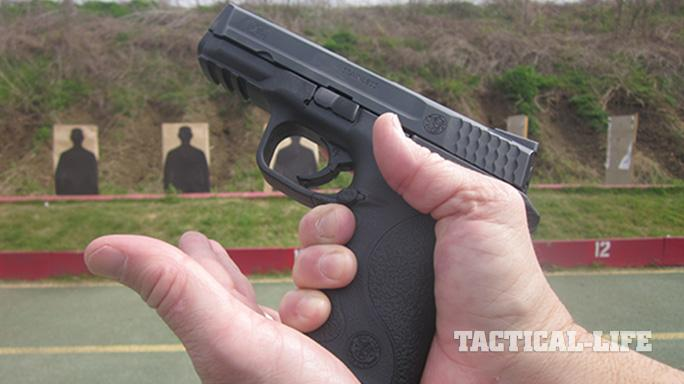 gun malfunction magazine tap