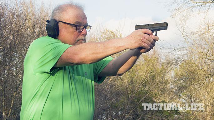 Vickers Tactical Glock 19 pistol shooting