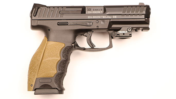 Police Handgun Sidearms HK VP9 right
