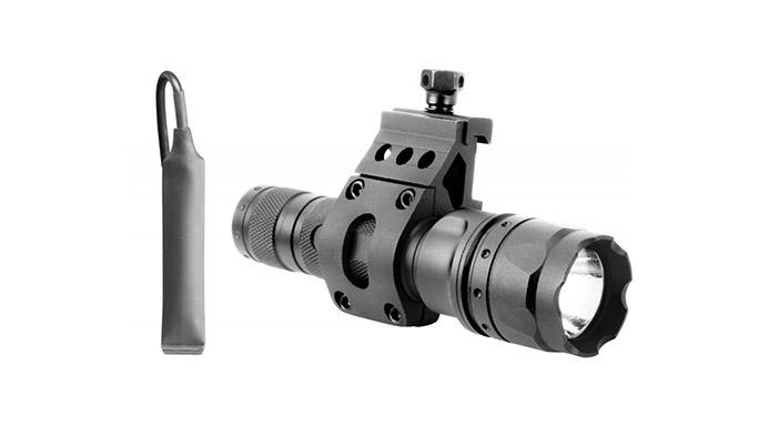 ar lasers AIM Sports 500-Lumen Flashlight
