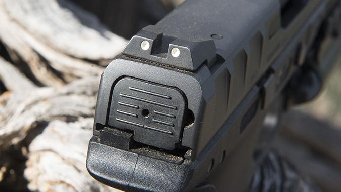 Beretta APX pistol rear sight