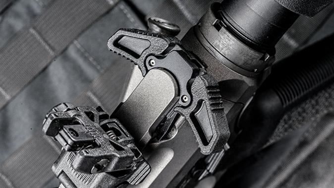 Barrett REC10 rifle charging handle angle