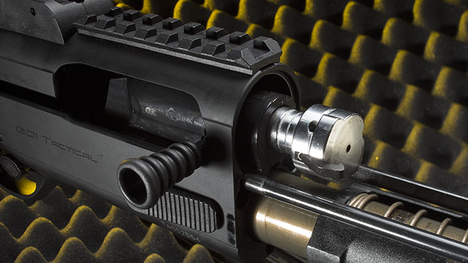 Beretta 1301 Tactical shotgun action