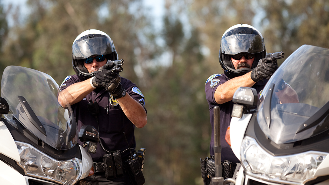 Carrying 1911 Duty Pistol lead law enforcment