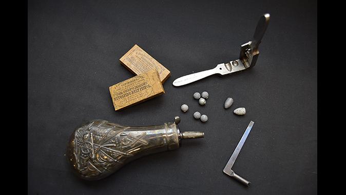 colonel custer colt model 1861 revolver set accoutrement