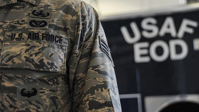 air force army combat uniform eod team member