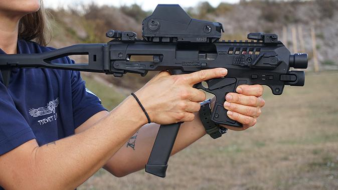 Israeli Defense Forces idk shooting rifle optic