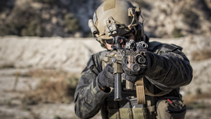 tactical shooting soldier rifle