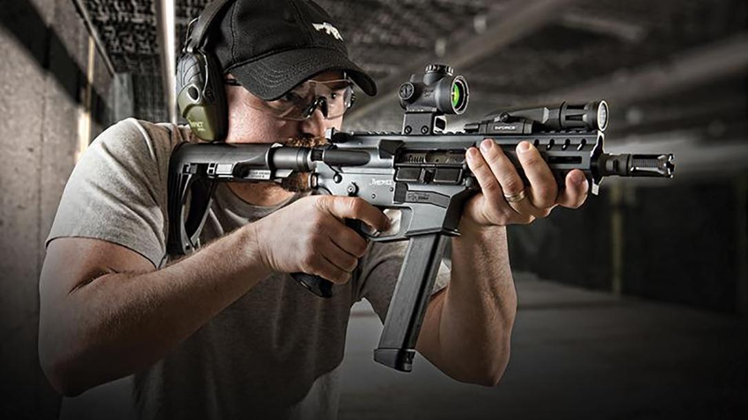 CMMG Banshee pistol aiming new angle