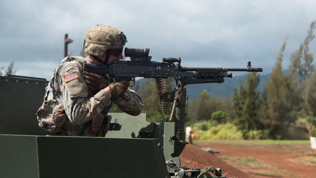 us army m240 machine gun right profile