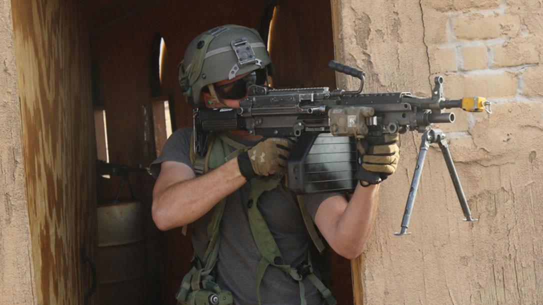 next generation squad automatic rifle m249 saw doorway