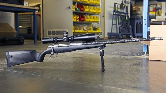 Gunwerks ClymR rifle beauty shot