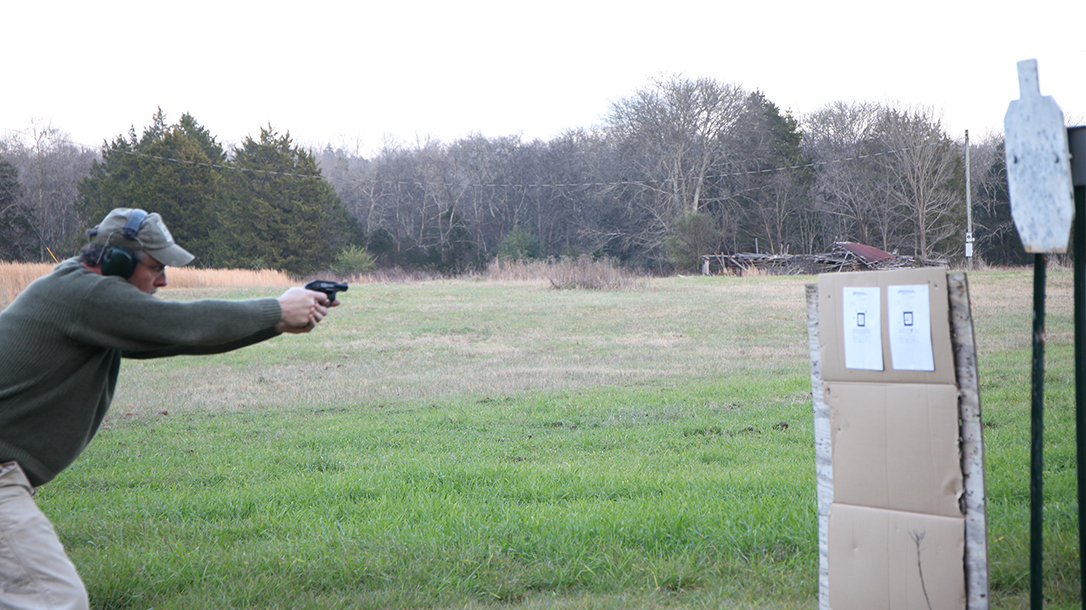 ruger, ruger lcr, ruger lcr 327, ruger lcr 327 federal magnum, ruger lcr revolver shooting