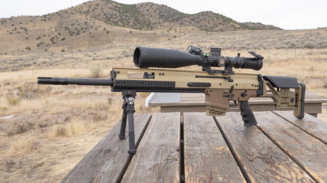 FN SCAR 20S Review, FN SCAR, left