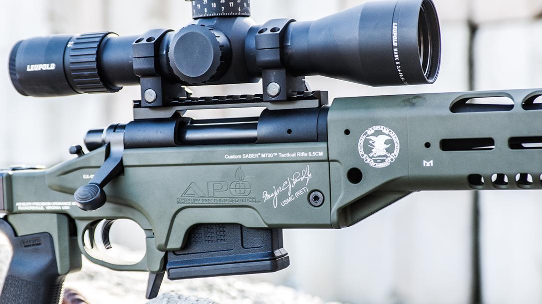 APO Saber M700