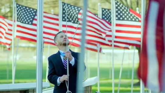 The Ragged Old Flag Super Bowl commercial honors the military.