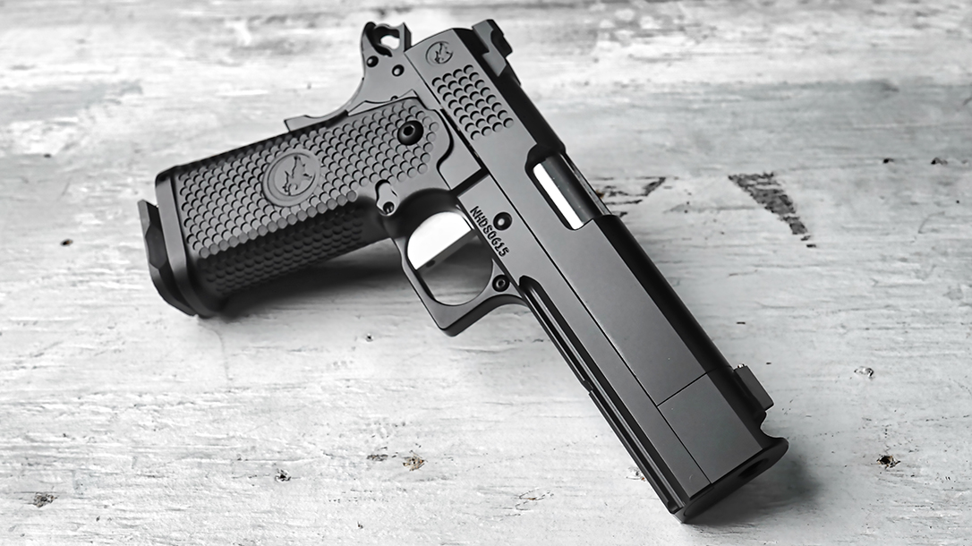 With a black nitride finish, the TRS Comp comes with a sleek look.