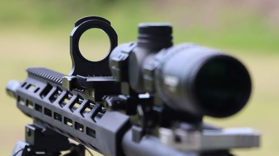 The Axeon Second Zero provides a secondary aiming point for long-range shooting.