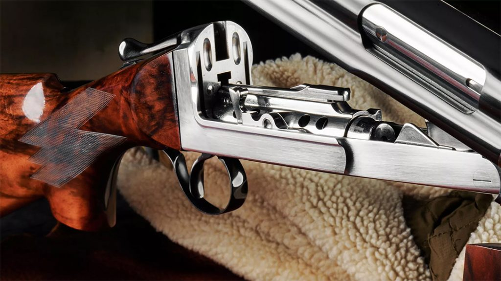 The Cosmi SRL features an innovative magazine within the stock.